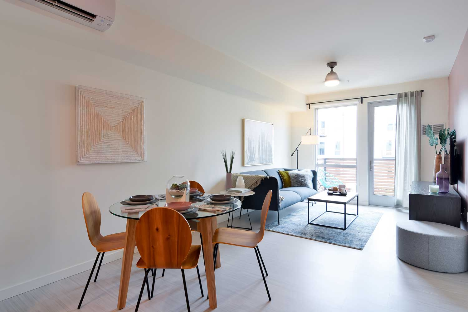 Apartments in Union City California - The Union Flats Living Room